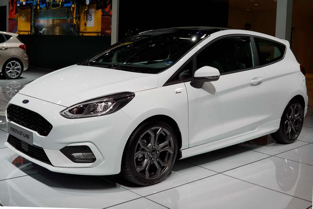 Ford Fiesta      1,0 EcoBoost 70kW ST-Line