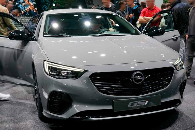 Bestellfahrzeug, konfigurierbar Opel Insignia Sports Tourer - 2.0 BiTurbo Diesel GSI Auto 4x4 ST