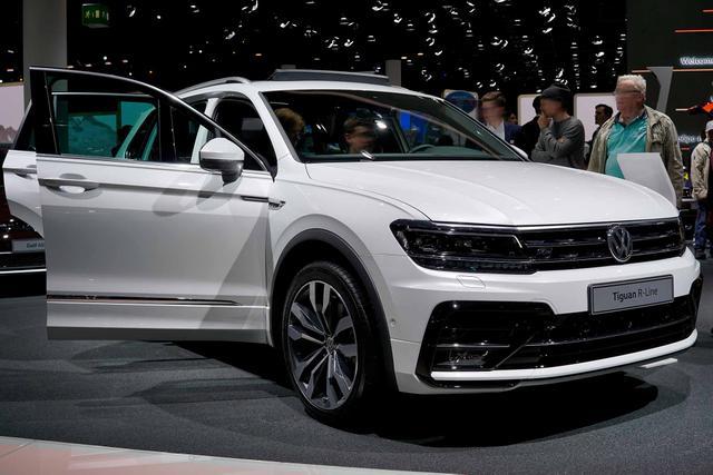 Volkswagen Tiguan - Comfortline PLUS 2.0 TSI OPF 190 PS 4x4 DSG BlueMotion Technology, LED Scheinwerfer, ACC Tempomat, Spurhalteassist, Rückfahrkamera, Sitzheizung, Alufelgen