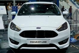 Ford Focus Turnier      1,5 EcoBoost 134kW ST-Line