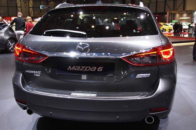 Mazda Mazda6 Kombi 2.2 SKYACTIV-D 184 Sports-Line Auto AWD