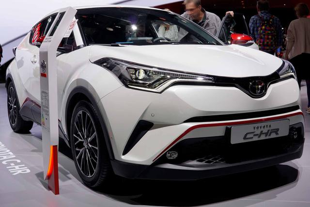C-HR - C-ENTER 1.8 Hybrid 122PS CVT 2018