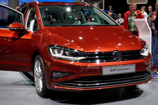 Volkswagen Golf Sportsvan      2.0 TDI SCR DSG Highline