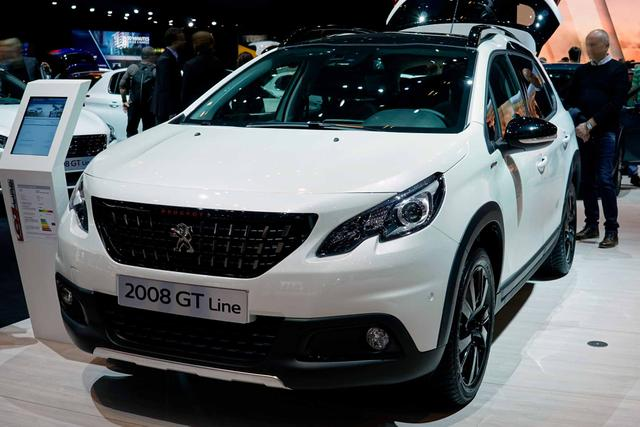 Peugeot 2008 - Allure 1.5 BlueHDi 100 PS