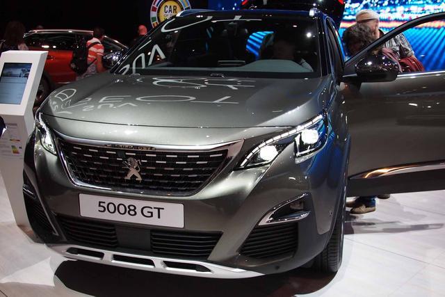 Peugeot 5008      BlueHDi 180 EAT8 GT