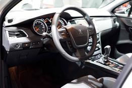 Peugeot 508 SW, Das Bild ist ein beliebiges Beispiel der frei konfigurierbaren Modellreihe