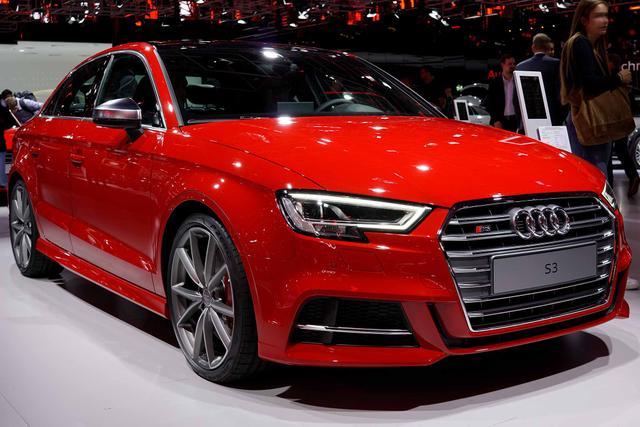 Audi S3 TFSI S tronic quattro