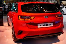 Kia Ceed      1.6 CRDi Eco 100KW Spirit