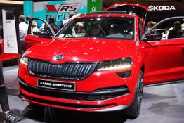Karoq - Sportline 2,0TDI 140 kW/190 PS DSG 7-Gang 4x4, 4 JAHRE SKODA GARANTIE, Modell 2020