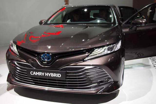 Toyota Camry H3 Executive 2.5 VVT-i Hybrid 218PS/160kW CVT 2019