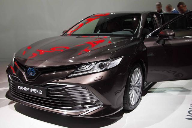 Toyota Camry - H4 2.5 VVT-i Hybrid 218PS CVT 2019