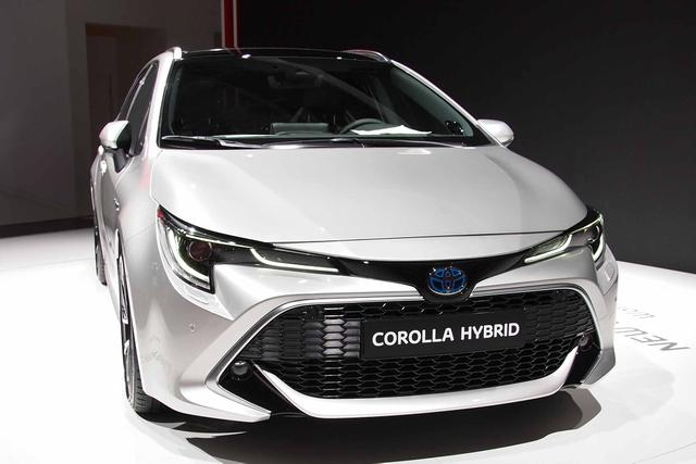 Toyota Corolla Touring Sports      T1 1.2 Benzin 116PS 6G 2019