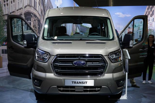 Ford Transit - 410 L3H3 125kW Heck Basis
