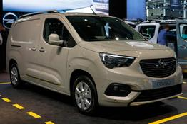 Opel Combo Cargo      1.2 81kW Selection 2,4t