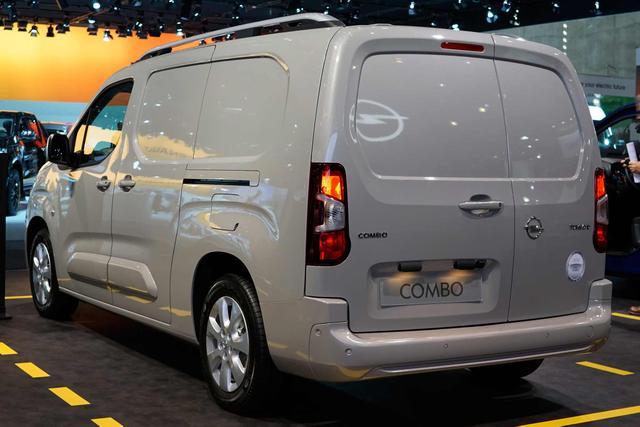 Opel Combo Cargo 1.5 Diesel 96kW Edition XL 2,4t