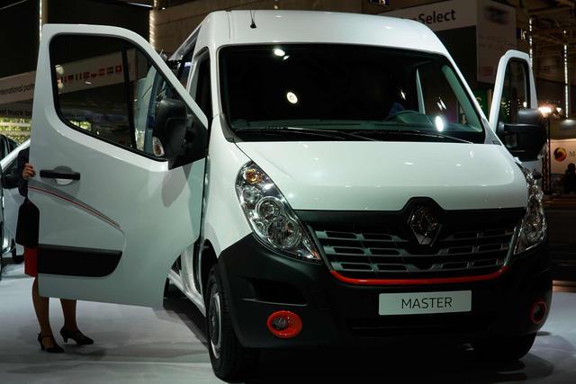 Renault Master Kastenwagen - 2.3 dCi 180 2,8t L1H1 Front Basis