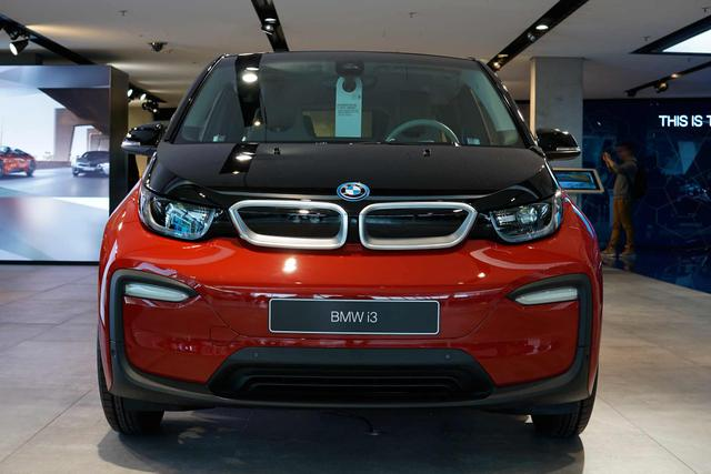 BMW i3 - (120 Ah), 125kW