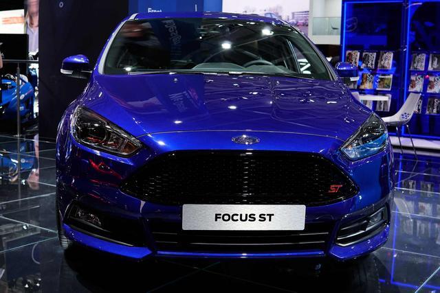 Vorlauffahrzeug Ford Focus - Titanium 1.5 EcoBoost 150 NAVI Klimaaut Kamera LMF TEMP PDC SHZ