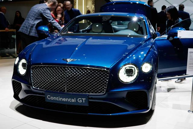 Bentley Continental GT - 6.0 W12 4WD DCT