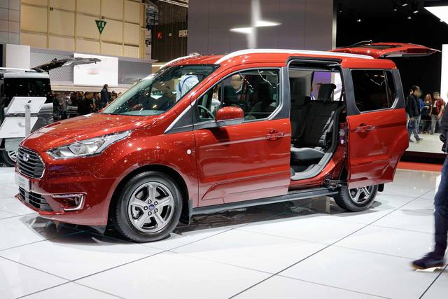 Ford Tourneo Connect - Trend - GRA / 16