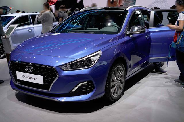 Hyundai i30 Kombi - 1.0 T-GDI Hybrid Trend