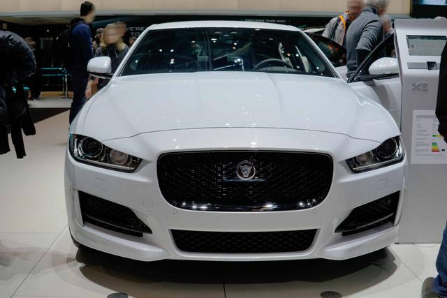 Jaguar XF - 20d 180PS Chequered Flag