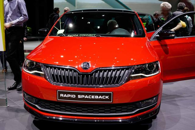 Lagerfahrzeug Skoda Rapid Spaceback - Ambition - PDC/ALU/Bluetooth/AC
