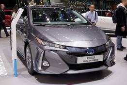 Prius - H4 1.8 Hybrid Plug-in 122PS/90kW CVT 2019