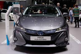 Prius - H3 1.8 Hybrid Plug-in 122PS/90kW CVT 2019