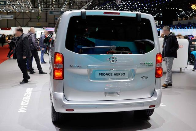 Toyota Proace City 1,2-l-Turbo 81kW L1 Duty