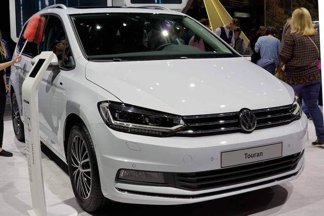 Volkswagen Touran - Highline Family 2.0 TDI SCR 115PS/85kW DSG7 2020 Lagerfahrzeug