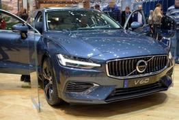 V60 - R-Design D3 AWD 150PS/110kW Aut. 8 2020