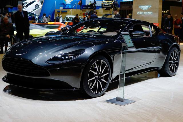 Aston Martin DB11 Coupé - 4.0 V8