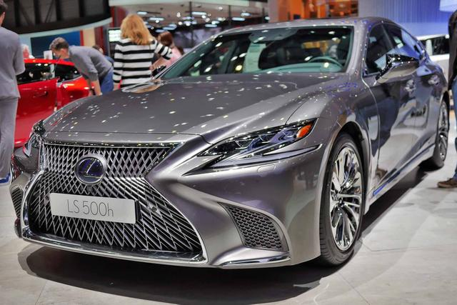 Lexus LS - 500h Luxury Line Allradantrieb
