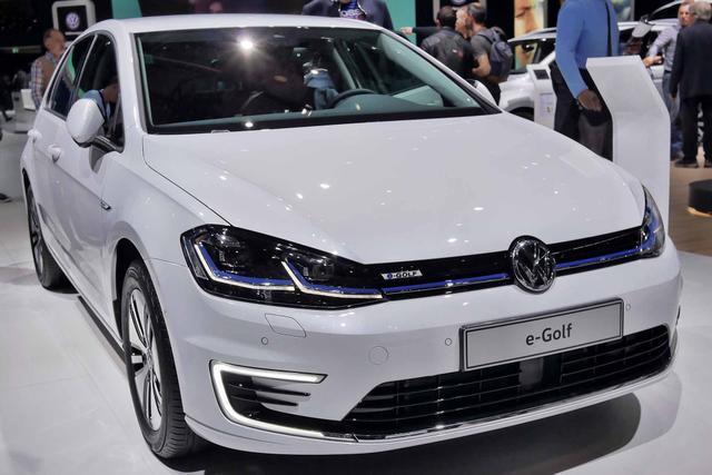 Volkswagen Golf 2.0 TSI OPF DSG GTI
