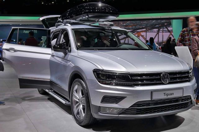 Volkswagen Tiguan - Highline 2.0 TDI DSG 4Motion 150 LMF ACC Klimaaut NSW Spurhalte Kamera