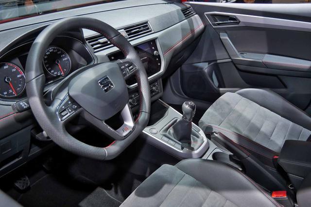 SEAT Arona 1.0 TSI 81kW Black Edition