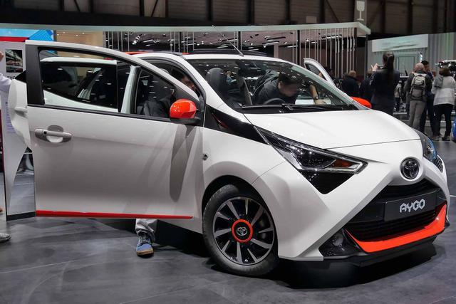 Aygo      x-clusiv 1.0 Super 72PS/53kW x-shift 2020