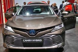 Toyota Camry, Beispielbilder, ggf. teilweise mit Sonderausstattung