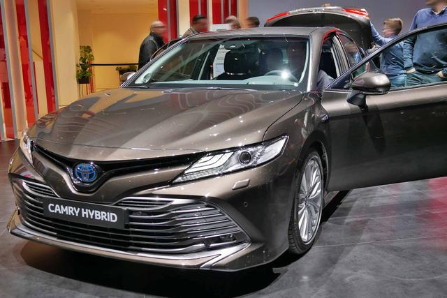 Camry      H3 Executive
