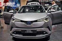 Toyota C-HR - Selected 1.8 Hybrid 122PS/90kW CVT 2019