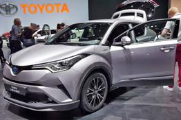 C-HR - Selected Bitone 1.8 Hybrid 122PS/90kW CVT 2019