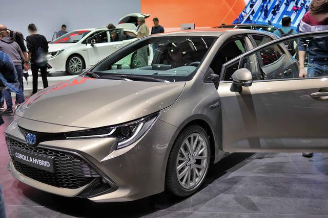 Toyota Corolla H3 Limited 2.0 Hybrid 180PS CVT 2019