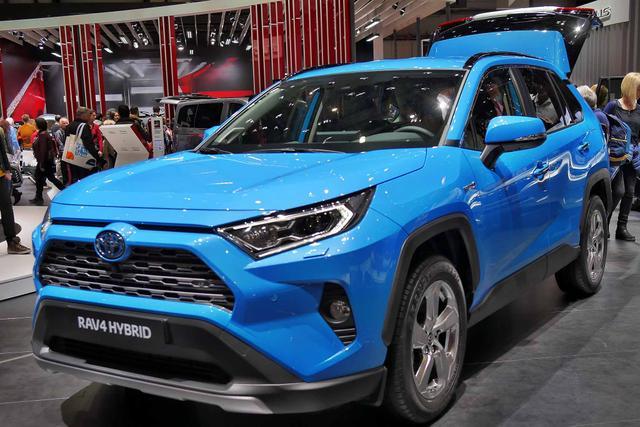 Toyota RAV4 H4 2.5 Hybrid 222PS/163kW CVT AWD 2020