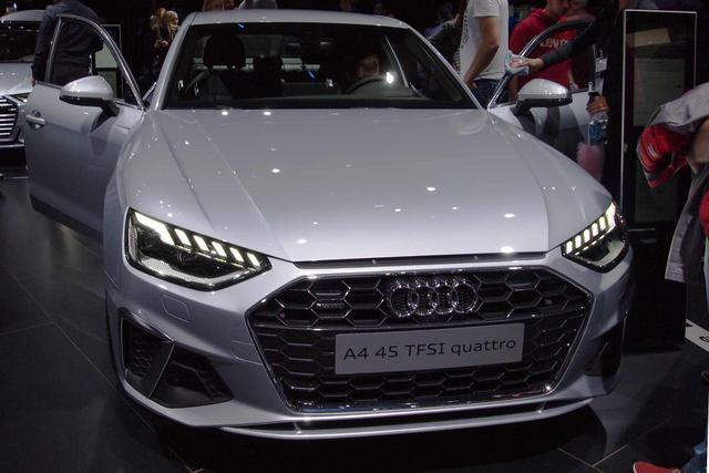 Audi A4 Avant 40 TFSI S tronic line quattro