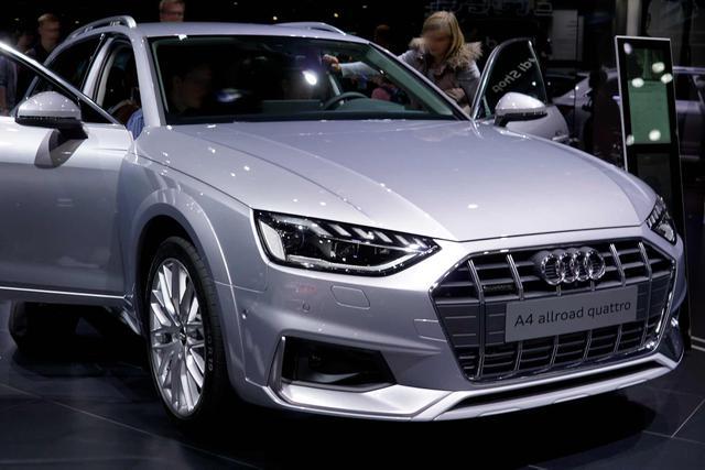 Vorlauffahrzeug Audi A4 Avant - Advanced MJ 2020 LED/SHZ/PDC