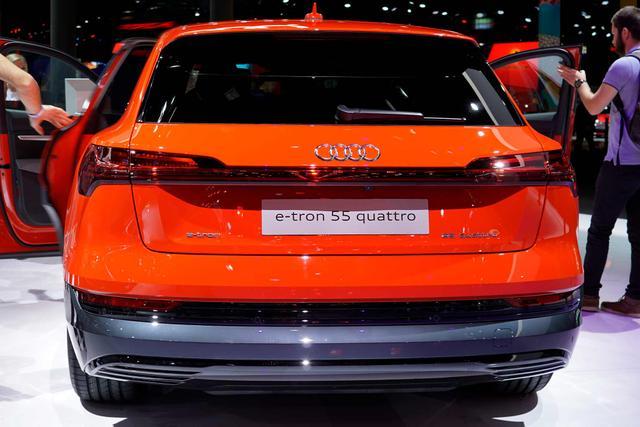 Audi e-tron - 50 quattro S line Bestellfahrzeug, konfigurierbar