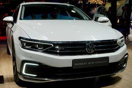Volkswagen Passat Variant      1.4 TSI DSG GTE