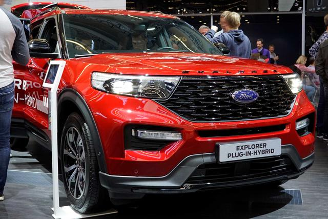 Ford Explorer - Platinum 3.0 EcoBoost Plug-In-Hybrid 457PS 336kW 10-Gang-Automatikgetriebe Allradantrieb Bestellfahrzeug frei konfigurierbar