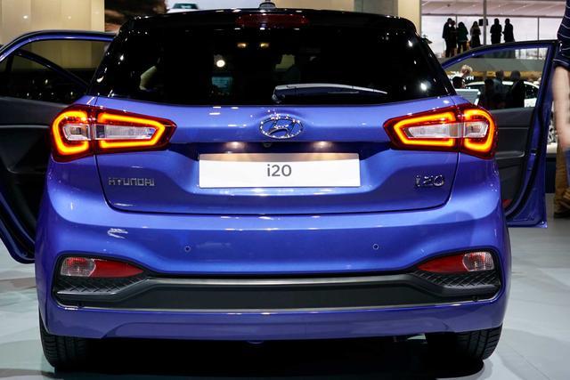 Hyundai i20 1.0 T-GDI 74kW DCT Advantage +